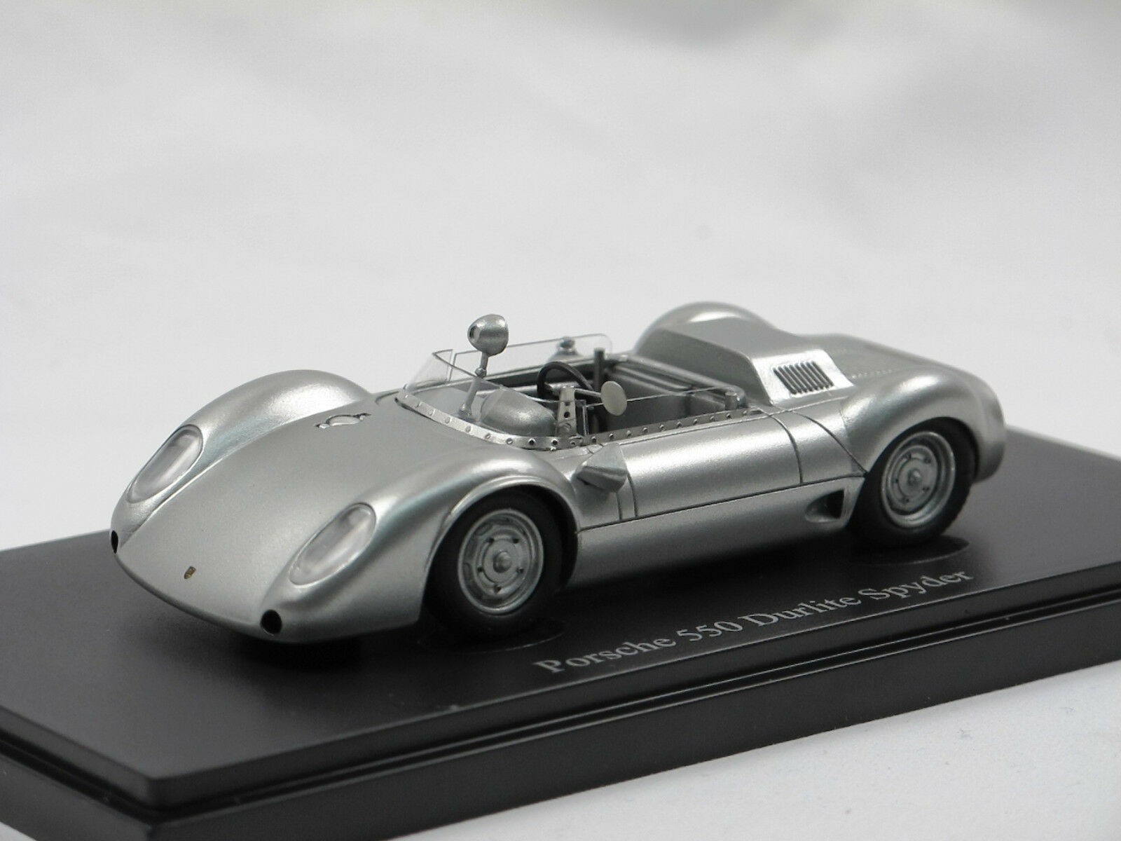 AutoCult Models 07007, 1959 Porsche 550 Durlite Spyder 1 43 Limited Edition  | Spezielle Funktion