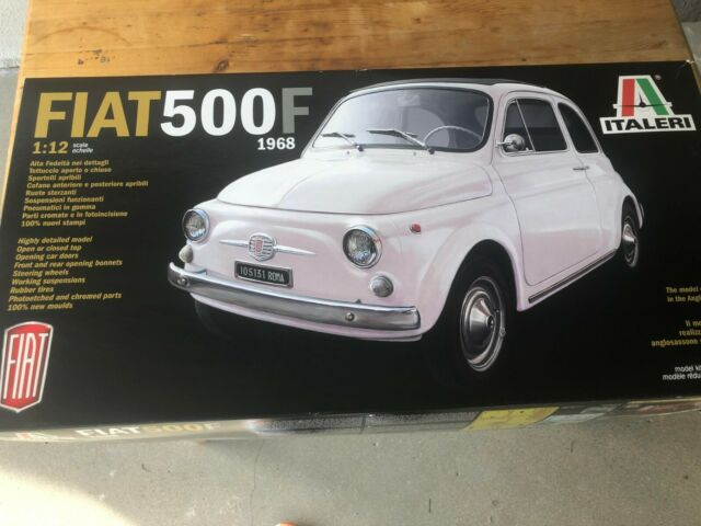 Italeri 4703 Fiat 500 °F 1: 12 Scale 1968 Version