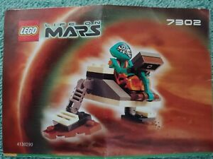 Lego-Life-On-Mars-7302-Small-Worker-Complete-w-Instructions