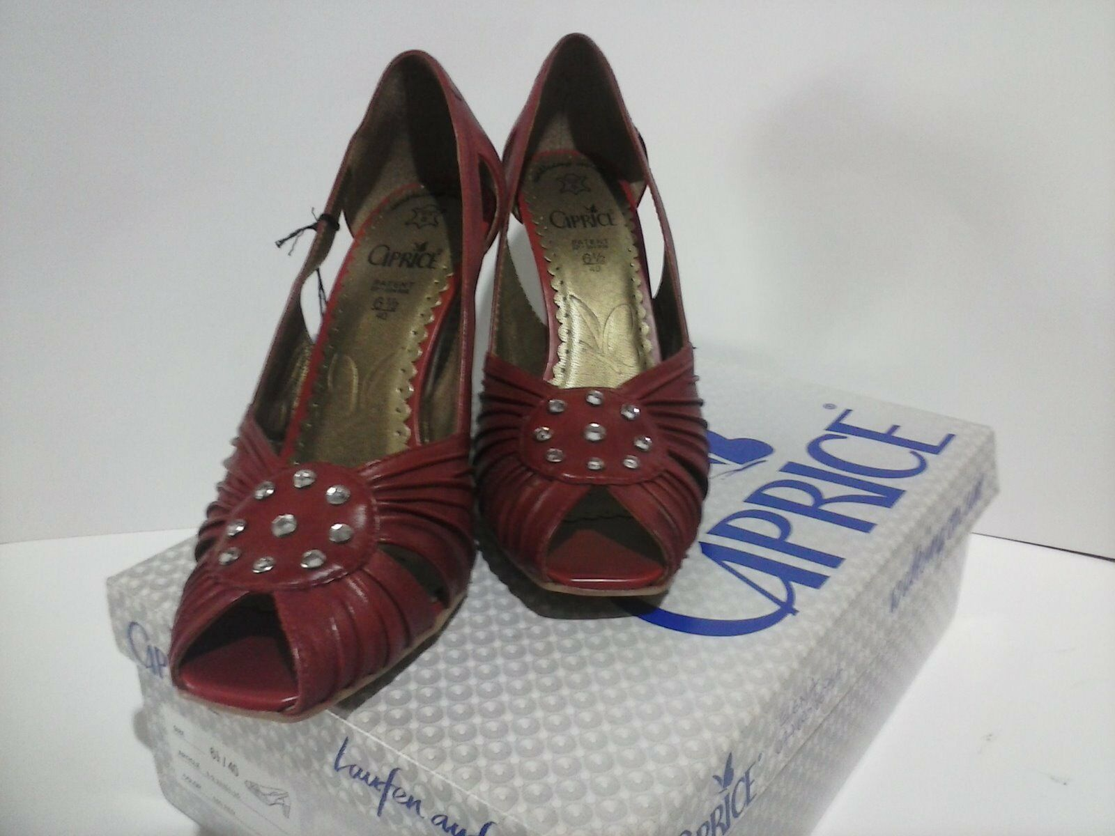 Caprice 9-9-29303-20 en cuir rouge, peep toes, neuf avec boite, taille 4.5 37.5 Bargain