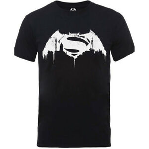 621bf4bf14e1 Mens T-shirt Black XX Large DC Comics Batman V Superman Beaten Logo ...