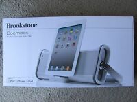 Brand Brookstone Boombox For Ipad, Ipod, And Iphone With Built-in Fm Silver
