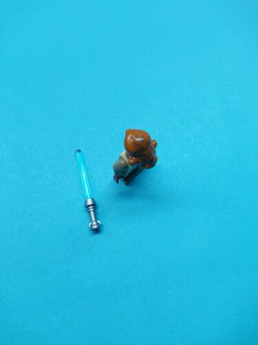 Lego Star Wars Minifigure Nahdar Vebb  Jedi Apprentice w// Lightsaber 8095!