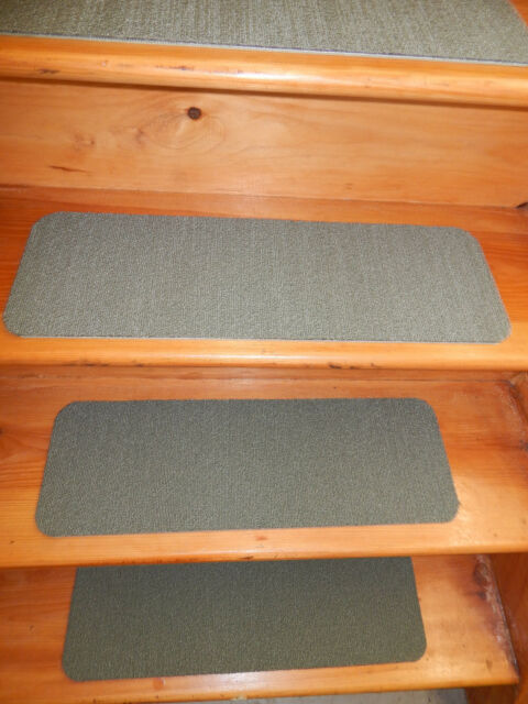"""14 STEP Indoor Stair Treads Staircase 8"""" x 24""""  Rug Carpet."""