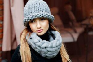 939652769afaf8 Lama Lama Winter Hat 100% Merino Wool Hand-Knitted Hat For Women ...