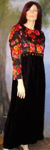 Handmade-Vintage-LONG-Black-VELVET-Floral-Hostess-Gown-1970s-MaxiDress-L
