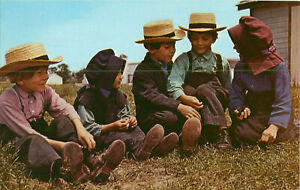 Postcard-Leb-Wohl-From-Pennsylvania-Dutch-Country-Amish-Children