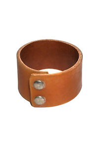 COS-woman-brown-leather-bracelet