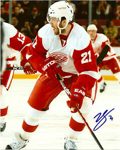 Detroit-Red-Wings-Ville-Leino-Signed-Autographed-8x10-Photo-COA