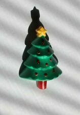 C553 VINTAGE  HALLMARK CHRISTMAS TREE SLEIGH HOLIDAY LAPEL PIN