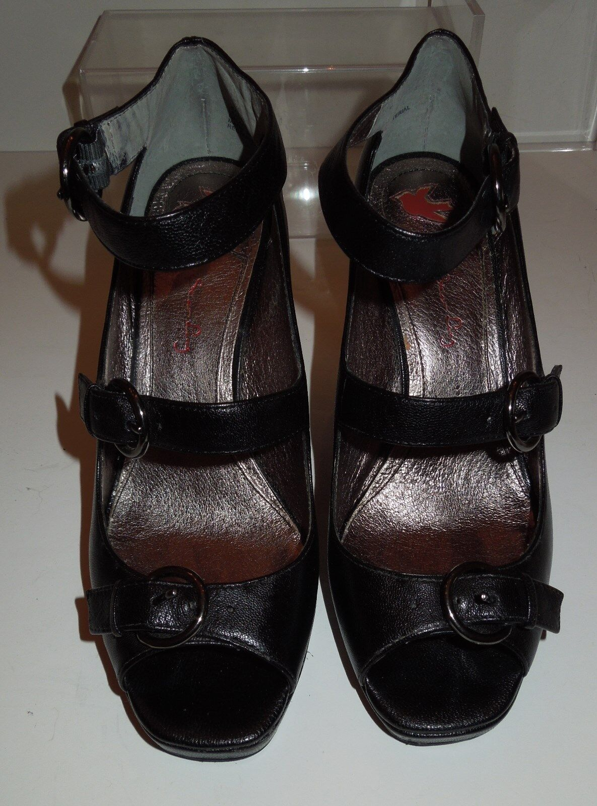EUC Star Ling  Recruiter  Black Leather Ankle Strap Platform Wedge 7.5M