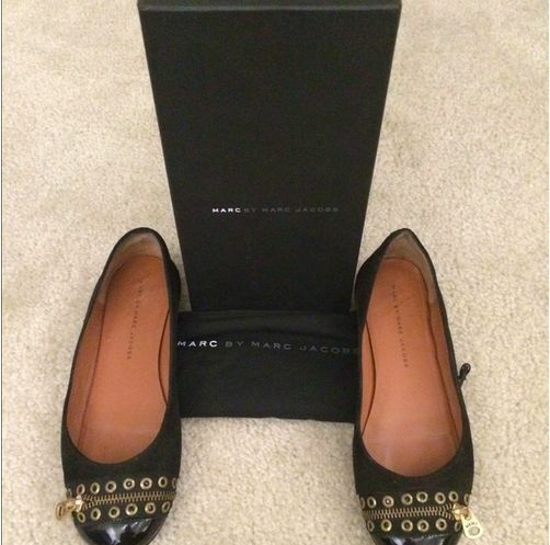 Marc by Marc Jacobs Black Corduroy Zipper Ballernias shoes Flats Size 8