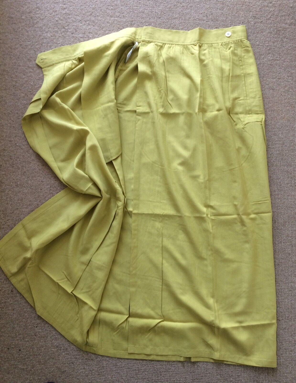 Nicole Farhi Silk Wrap Skirt (Vintage) Size 8 10