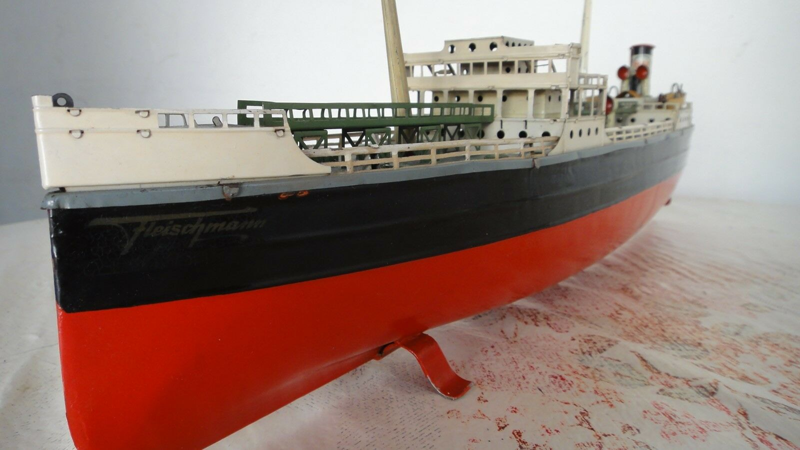 Rare Ship Antique Antique Antique German Fleischmann Tin Esso Oil Tanker Boat  GFN Marklin 1711a7