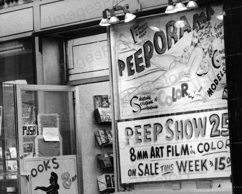 8x10 Print New York City 1970/'s  Adult Peeporama Peep Show 25 Cents #ADM22