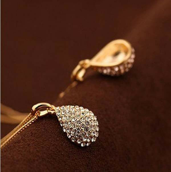 Lady's Gold plated silver plated Crystal Teardrop Necklace Shiny Pendant SQ10358