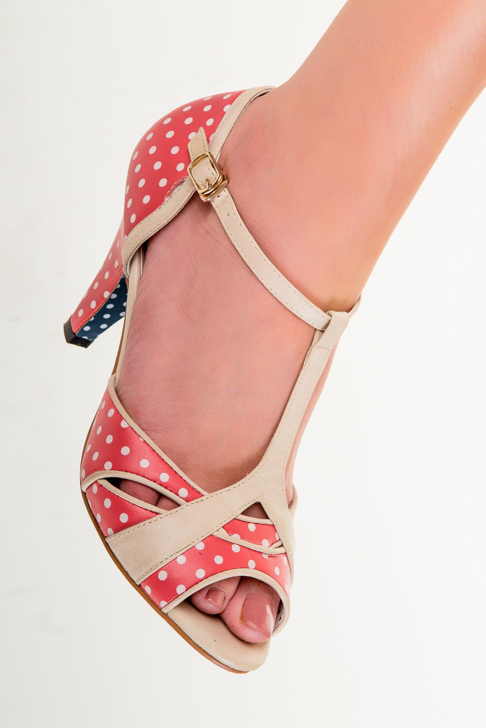 Banned Apparel - ROT Norma Polkadots Dancing Schuhes