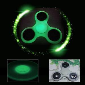 ++ SPINNER Fidget Hand Main FLUORESCENT Lumière Jeu 3D Anti-Stress ADHD Qualité