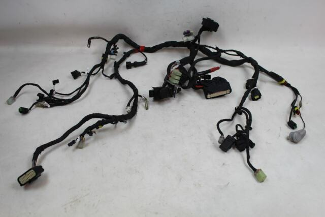 Ducati Monster 796 10