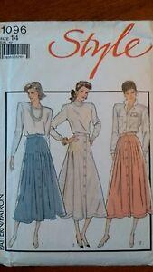 Style 1096 Skirt Vintage 1986 Size 14 - Littlehampton, United Kingdom - Style 1096 Skirt Vintage 1986 Size 14 - Littlehampton, United Kingdom