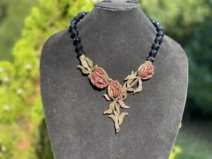 NEW-HEIDI-DAUS-CLIMBING-ROSES-NECKLACE-SOLD-OUT-Beautiful