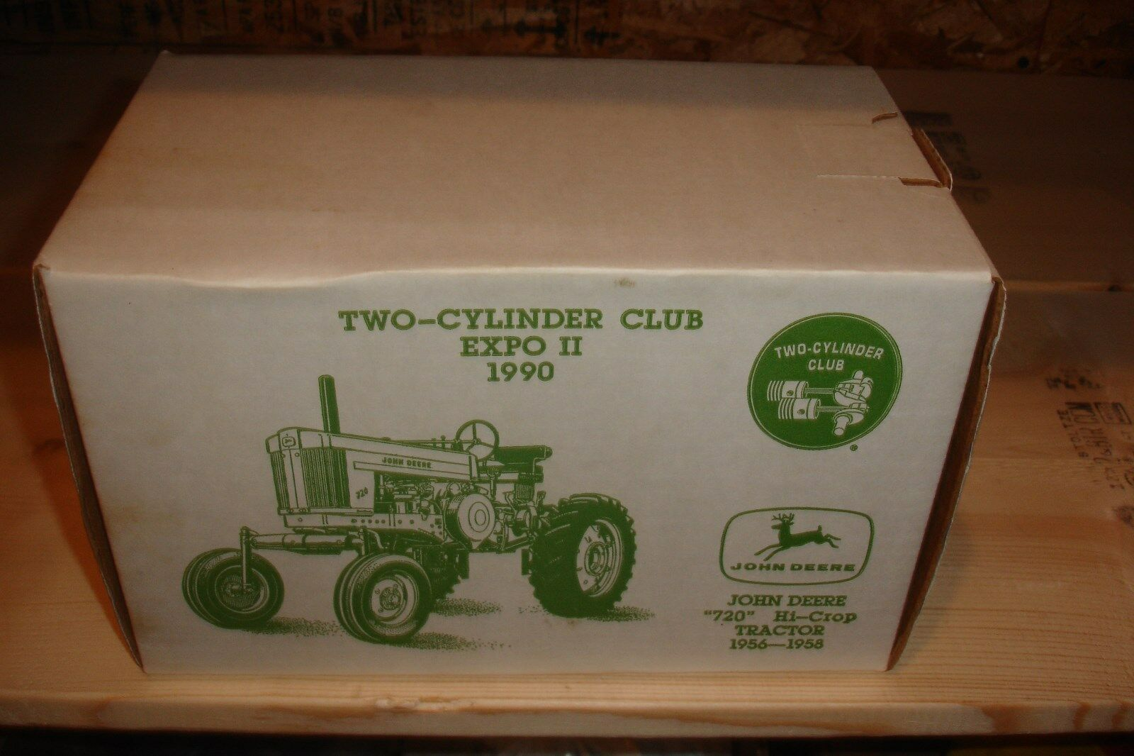 1 16 John Deere 720 Hi-Crop Tractor new in box - 2 Cyclinder Club Expo II 1990