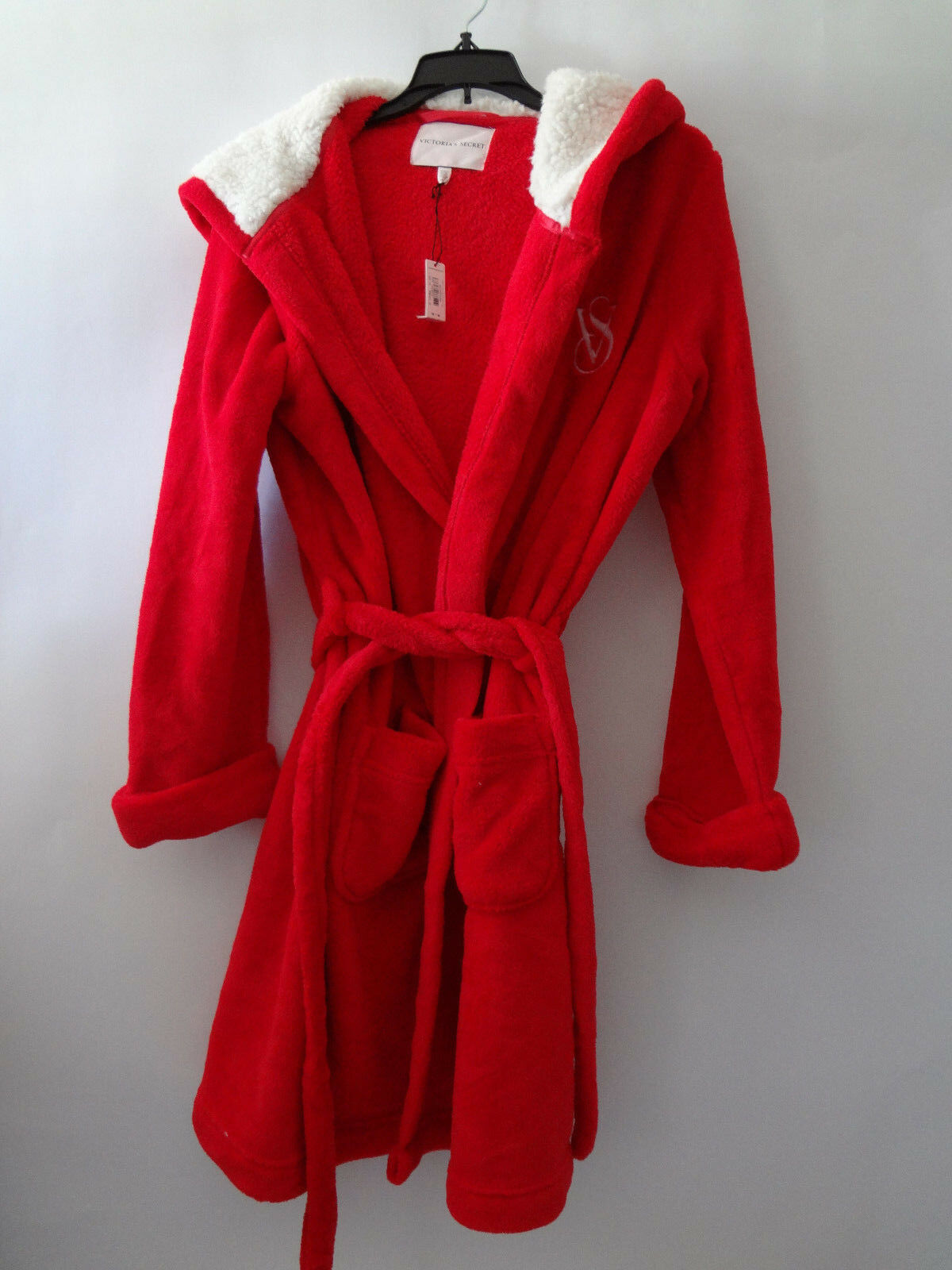 VICTORIAS SECRET THE  COZY SHORT ROBE  HOODED RED  SO SOFT   M L NWT