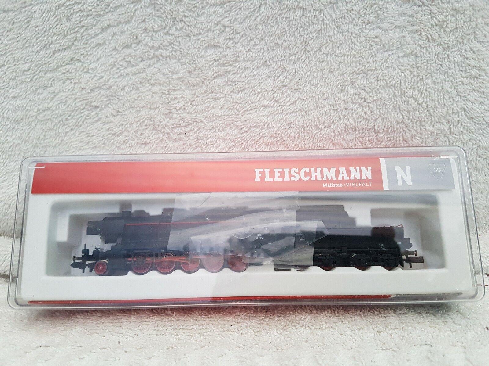 Fleischuomon 715207 N Gauge 2100 Austrian Loco 52.7064 Tested & Worre luci