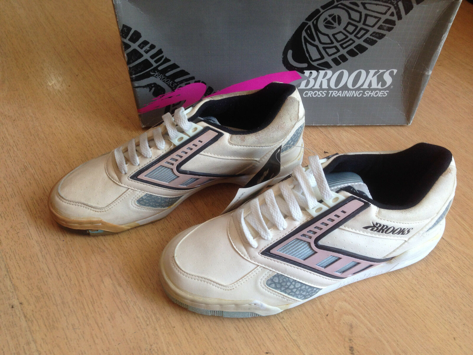 OG 1990s Brooks Elan Plus Low vintage scarpe da ginnastica US8.5 4031 VERY RARE!!!!