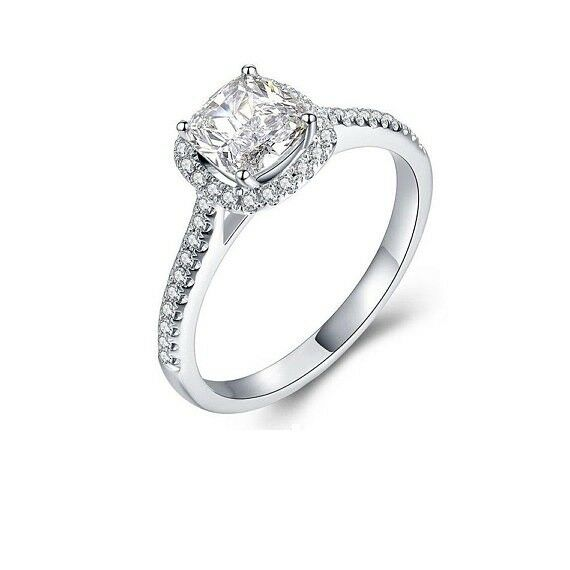 0.9ct Cushion Cut VVS1 D Diamond Solitaire Engagement Ring 14k White gold Finish