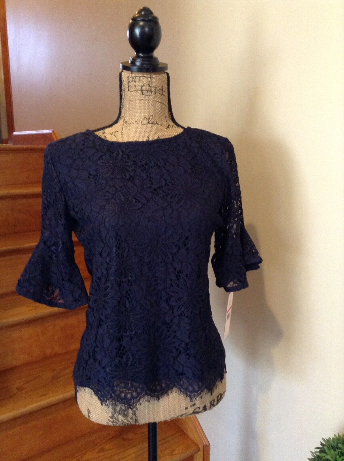 Nanette Lepore Navy Lace NEW  3 4 Sleeve Top. Größe XS
