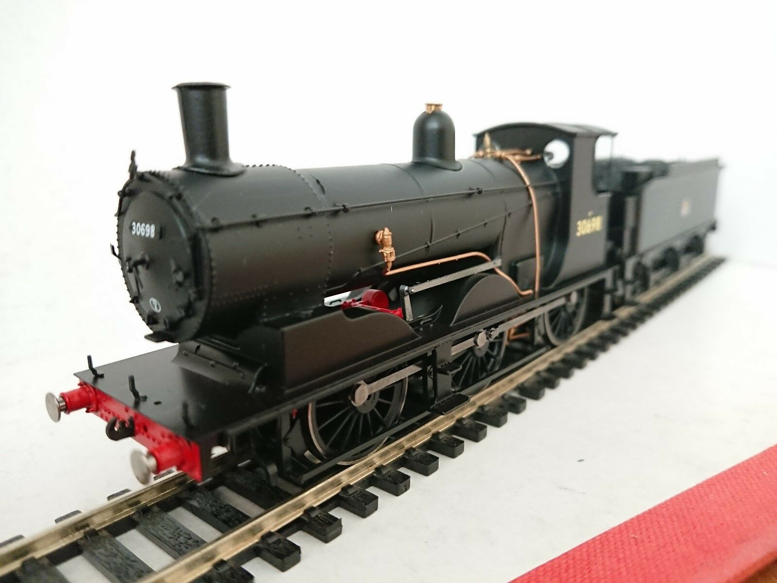 Hornby R3421 BR (Early) Drummond 700 No. 30698 DCC Ready