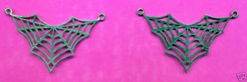 12 wholesale lead free pewter spiderweb pendants 5129