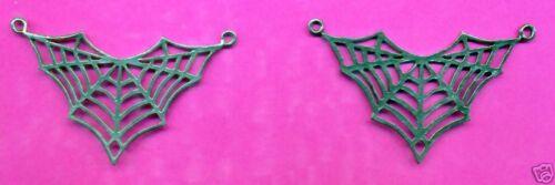 12 wholesale lead free pewter spiderweb pendants 5129