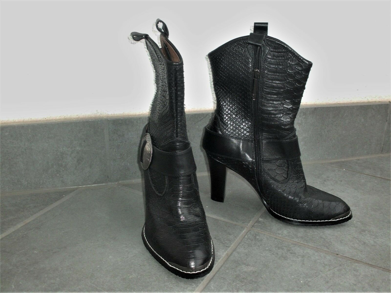 DONALD J PLINER Leder Cowboy Western High Heel Stiefeletten Animalprint 39