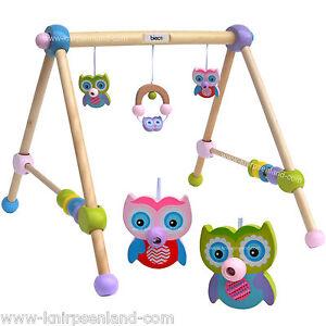 Bieco-Eule-Holzgym-Spieltrapez-Holz-Gym-Spieltrainer-Spielcenter-Spielbogen-Baby