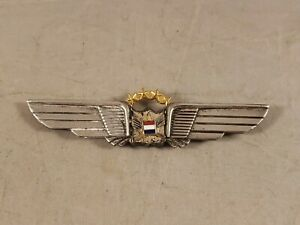 VINTAGE-UNITED-AIRLINES-PILOT-WINGS-4TH-ISSUE-1-9-YEARS-STERLING-SILVER-3-3-8-034