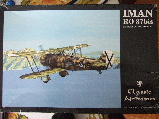 1 48 scale  IMAN RO 37Bis  Classic Airframes Kit N° 469
