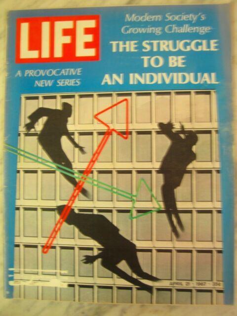 LIFE April 21, 1967 W Chamberlain, Murph the Surf, Casino Royale, Bataan march