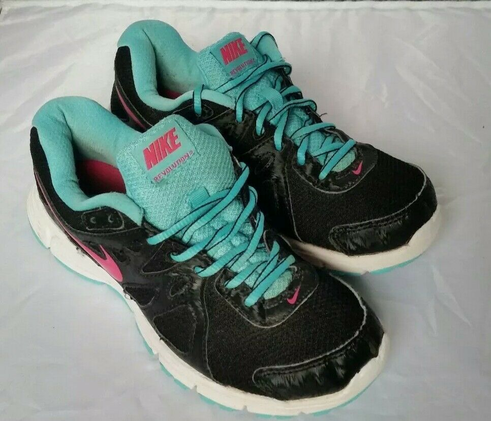 Womens Nike Revolution 2 Trainers UK size 4 black, blue white and pink Cheap and beautiful fashion