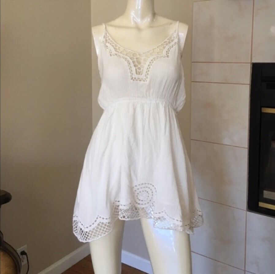 Last one  LF millau white white white crochet lace up straps adjustable dress NWT sz S  156 438507