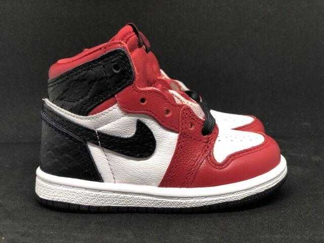 Nike Air Jordan 1 High OG Satin Snake Size 9c TD Chicago