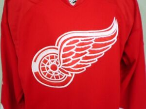 Reebok-Center-Ice-Collection-NHL-Detroit-Red-Wings-Home-Jersey-Larkin-NWT
