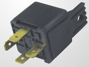 4-Pin-12v-30A-AUTOMOTIVE-RELAY-For-Aux-Lights-Horns-etc-Car-Boat-Van-Motorbike