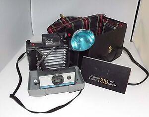 vintage polaroid 210 folding land camera w leather case flash rh ebay com polaroid land camera automatic 210 manual Polaroid Land Camera Automatic 210