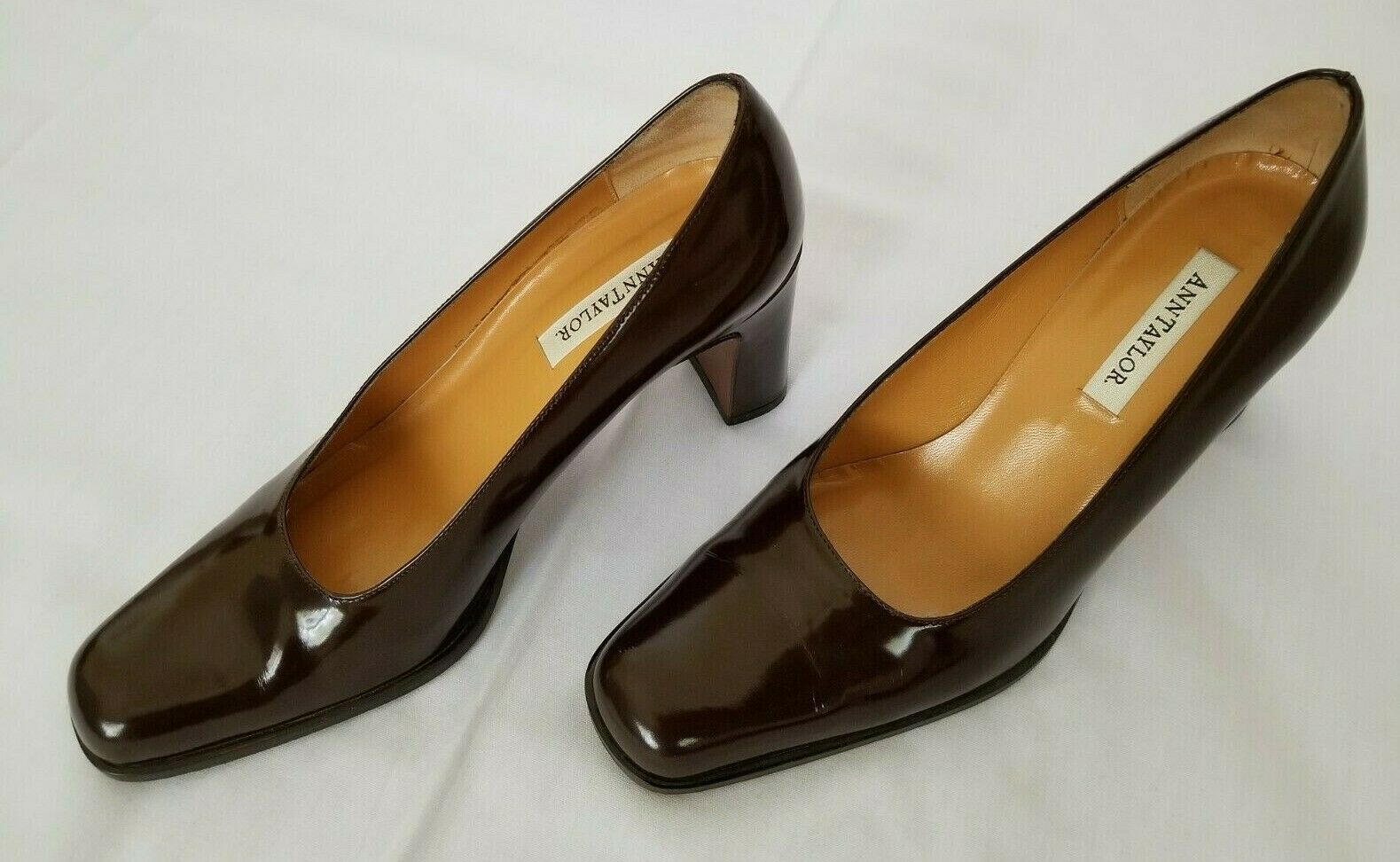 Womens Size 7M Brown Ann Taylor Made in  Leather Pumps Heel shoes preowned