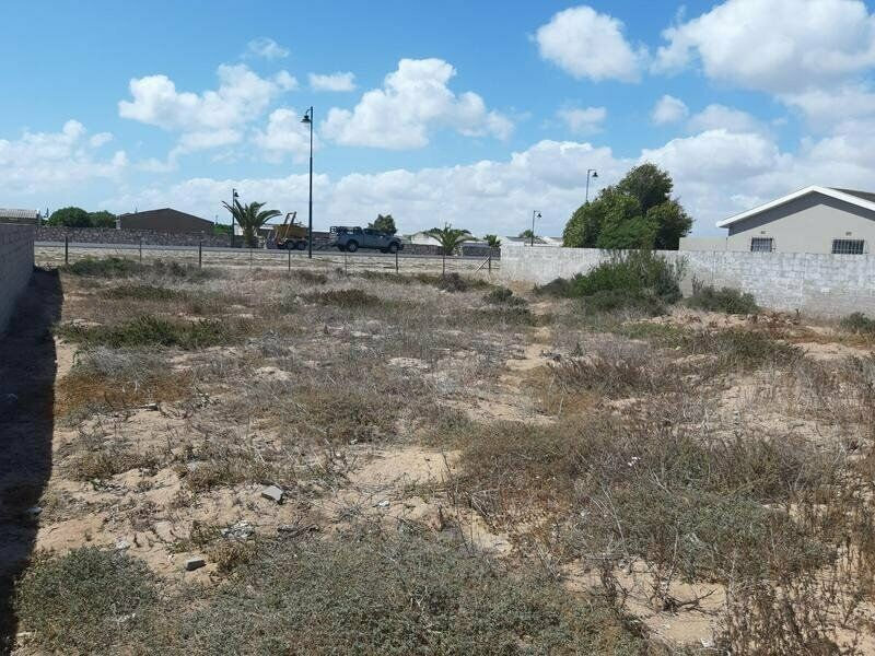 VACANT LAND FOR SALE IN COUNTRY CLUB