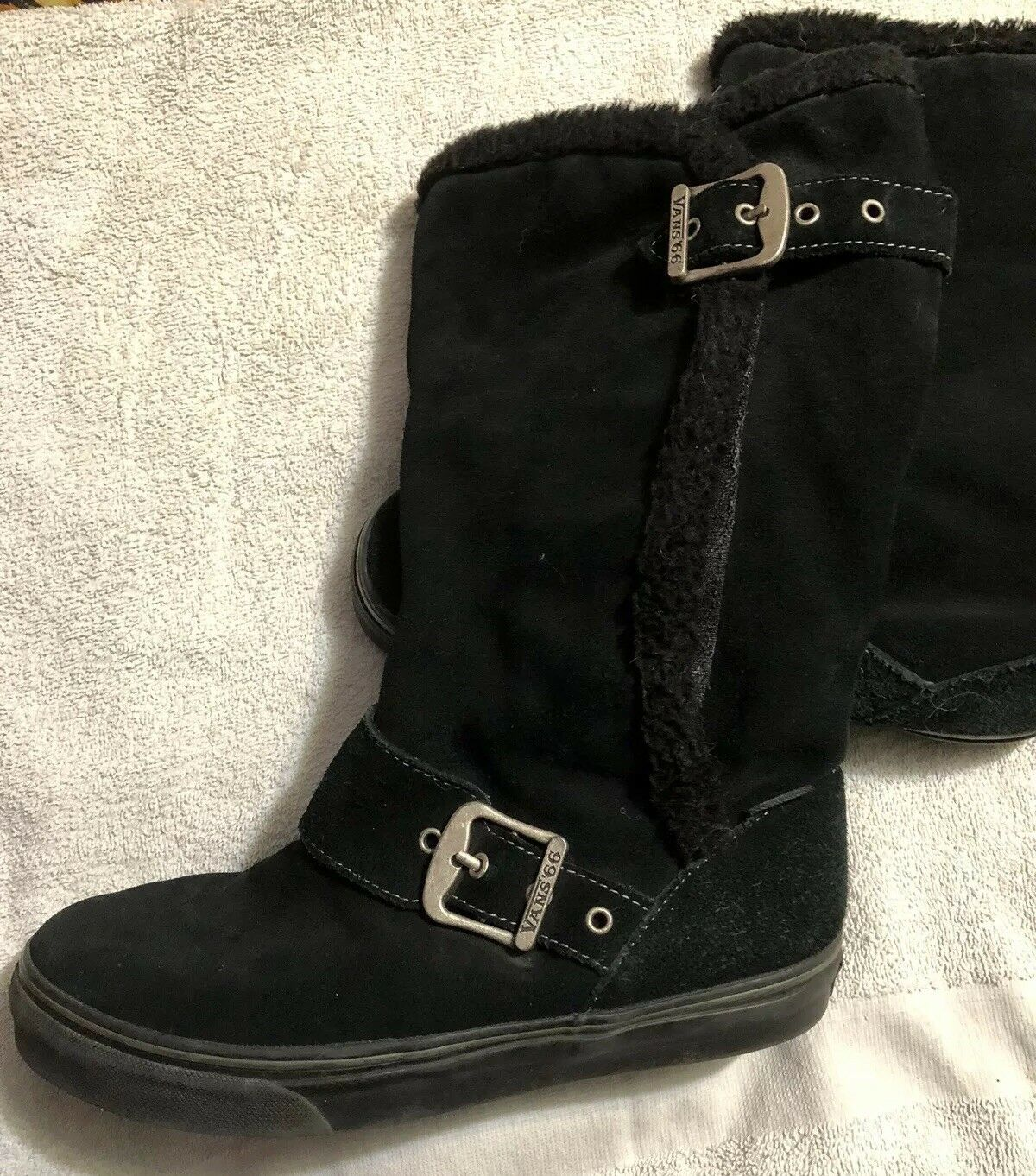 VANS Off the Wall Suede Black Boots With Buckles 7.5