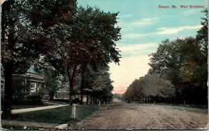 Postcard-Bangor-Maine-c-1907-1915-West-Broadway-Houses-Trees