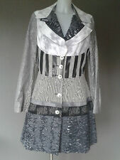 Save the Queen coat - spring/summer - grey/black/white - stunning details - L/XL